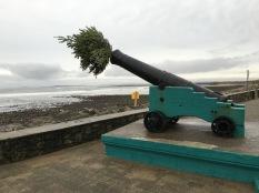 Make Christmas not war